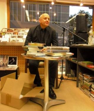 Uli Deurer stellte die Arbeit des Verlages Antje Kunstmann vor.