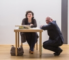 Nora Gomringer mit dem Vorsitzenden der Museumsgesellschaft Ulm e. V., Dr. Klaus Rinkel. Foto: Patrick Schmidt, Ulm
