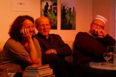 """Literalotto am 18. Juni 2015 im Ulmer """"Café Animo!"""" - mit Birgit Böllinger, Josef Feistle, Markus Hablizel (Musik: Siegfried C. Arnold)."""